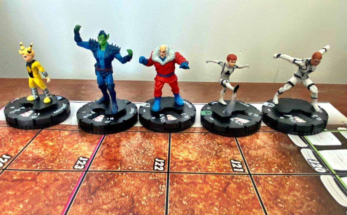 Marvel Fantastic Four Future Foundation HeroClix 003