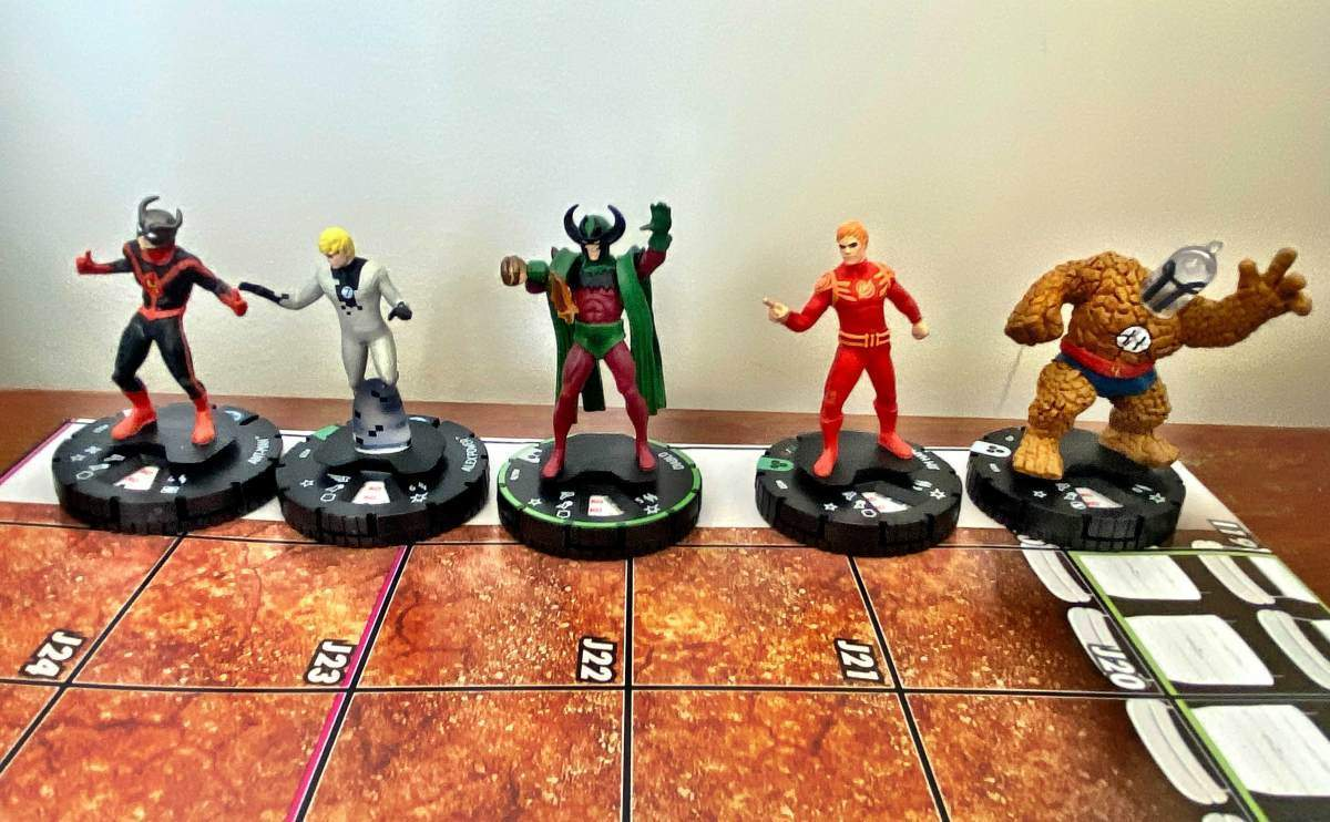 Marvel Fantastic Four Future Foundation HeroClix 009
