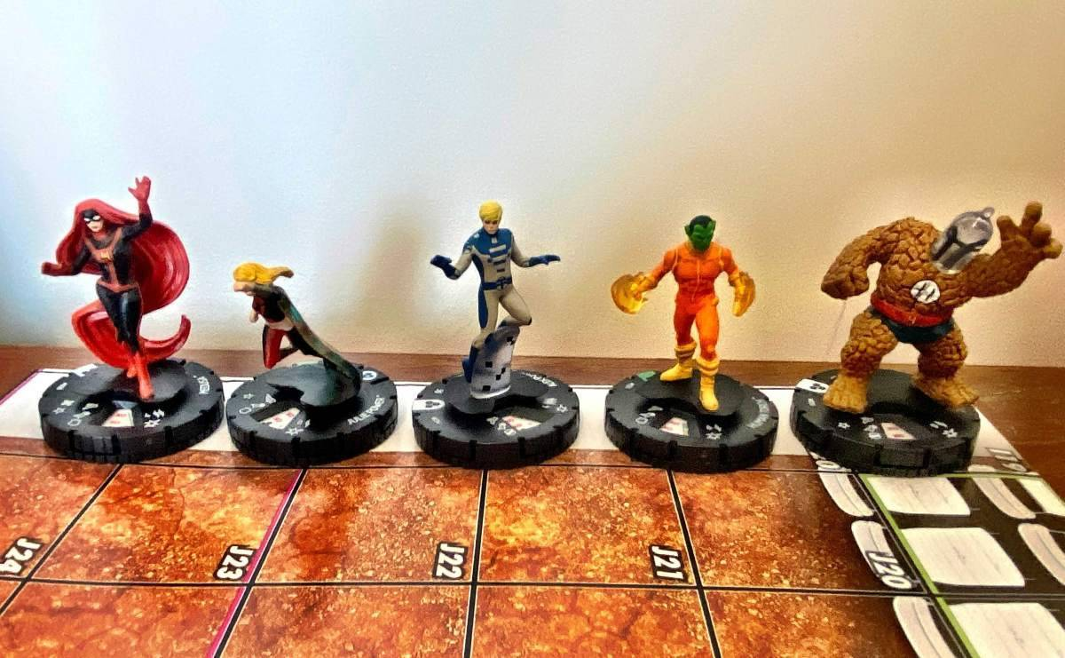 Marvel Fantastic Four Future Foundation HeroClix 010