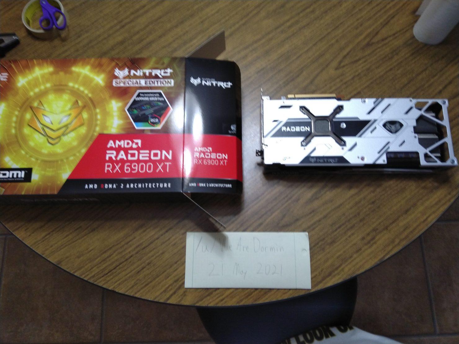 Saphir-Radeon-RX-6900-XT-Nitro-Special-Edition-Grafikkarte-mit-giftigen-extremen-PCB-_1