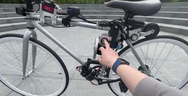Dieses von Huawei-Ingenieuren gebaute KI-Fahrrad kann alleine fahren